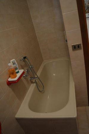 Villa Capriglia : Bagno con vasca