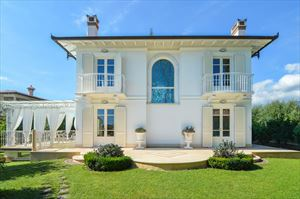 Villa Orchidea : Vista esterna