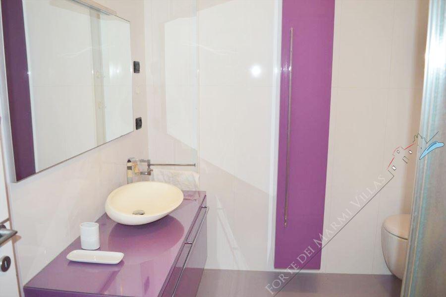 Villa Tremonti : Bathroom with shower