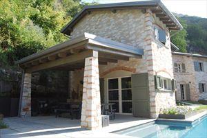 Villa Trilogy  : Outside view
