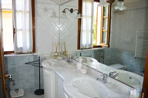 Villa Goya : Bathroom with shower