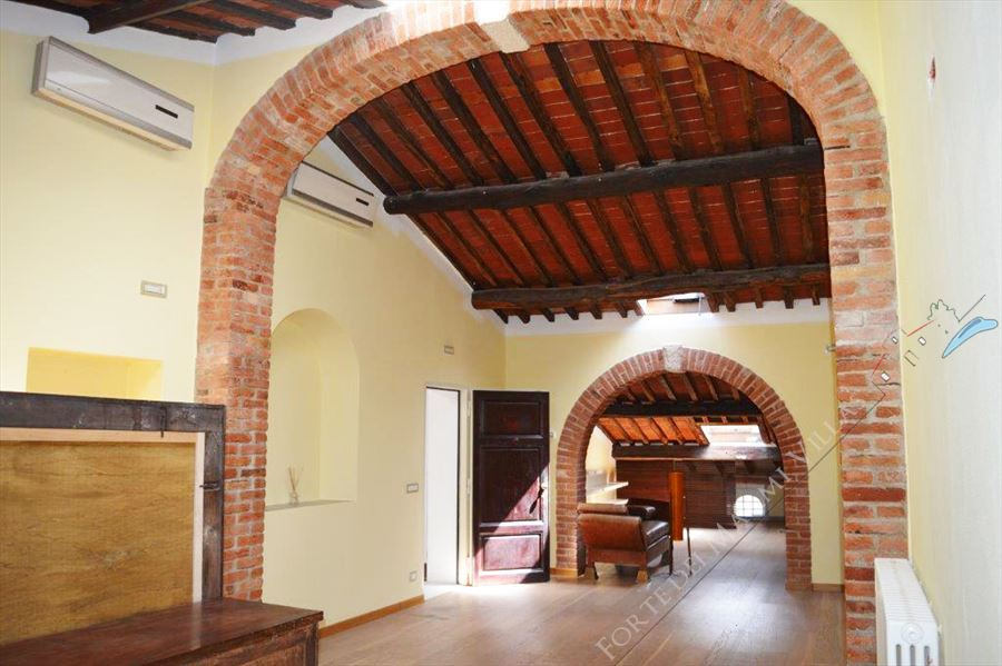 Appartamento Pietrasantese - Apartment For Sale Pietrasanta