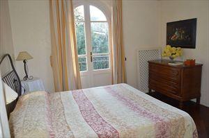 Villa  dei Cigni  : спальня с двуспальной кроватью