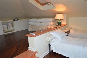 Villa  dei Cigni  : спальня с двумя кроватями