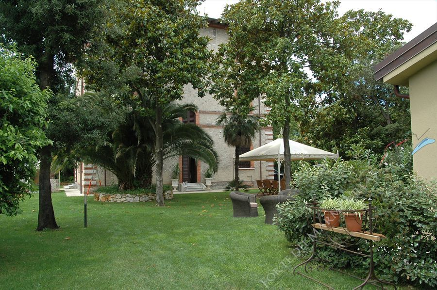 Villa Rubino   : Outside view