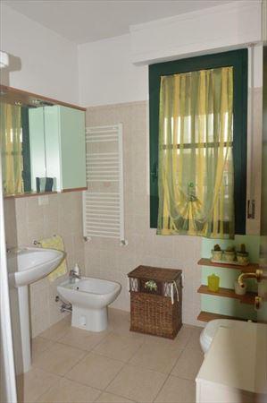 Appartamento Daniele : Ванная комната с душем