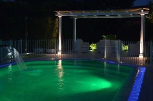 Villa Aria : Heated swimming pool