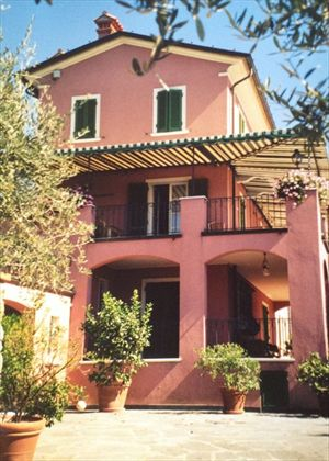 Villa Liguria  : Outside view