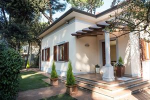 Villa Focette   : detached villa to rent and for sale  Marina di Pietrasanta