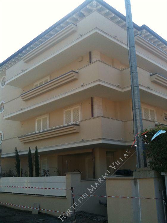 Appartamento Lusso Marina  Pietrasanta  : Outside view