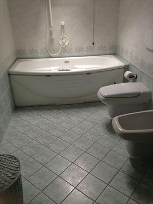 Villa Marina di Pietrasanta  : Ванная комната с ванной