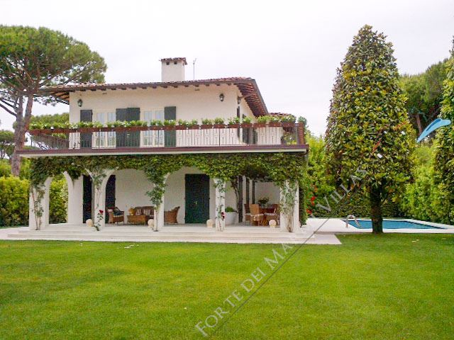 Villa Francesca - Detached villa To Rent Forte dei Marmi