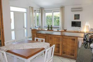 Appartamento Bacco : Dining room