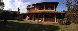 Villa Sassicaia : Вид снаружи