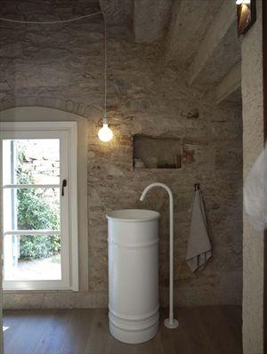 Villa Trilogy  : Bathroom with shower