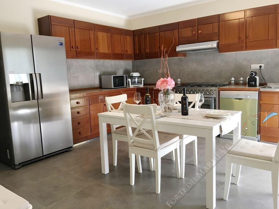 Villa Sonetto : Kitchen