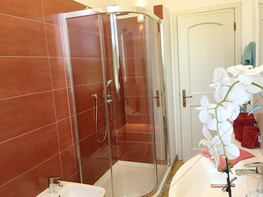 Villa Sonetto : Bathroom