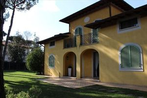 Villa Arcadia : Outside view