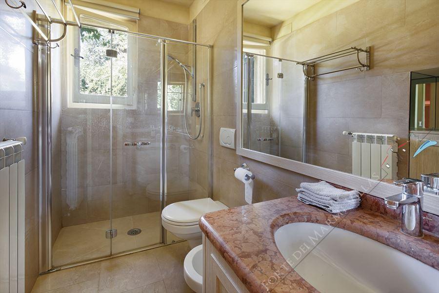 Villa Di Sapore : Bagno con doccia