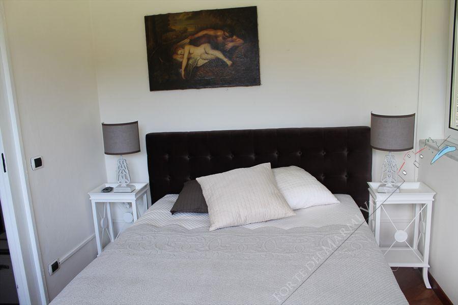 Villa  Ronchi Mare : Camera matrimoniale