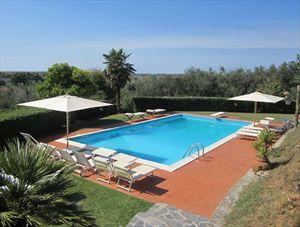 Villa Vittoria: Detached villa Capezzano Pianore