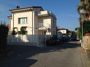 Villa Audrey - Бифамильяре Форте дей Марми