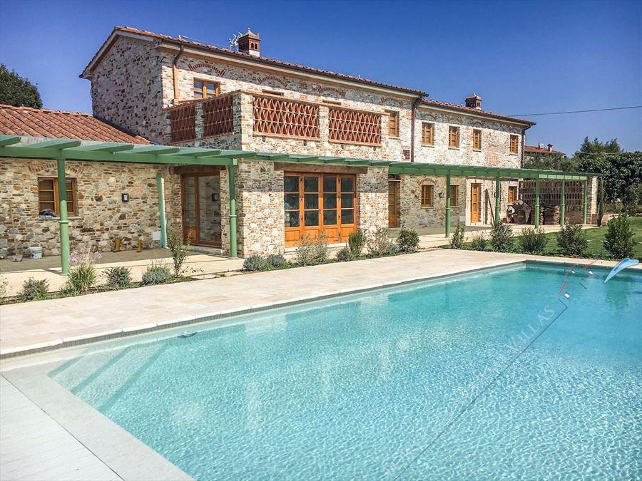 Villa Maestosa : Swimming pool