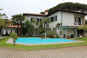 Villa  Marinella : detached villa to rent and for sale  Forte dei Marmi
