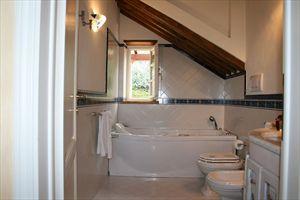 Villa Vista Mare  : Ванная комната с ванной