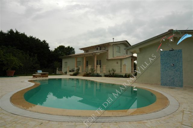 Villa Europa  detached villa to rent and for sale Marina di Pietrasanta