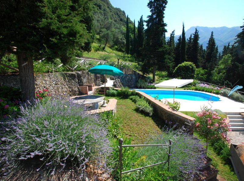 Villa Rosmarino : Giardino