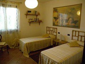 Villa Verona    : спальня с двумя кроватями