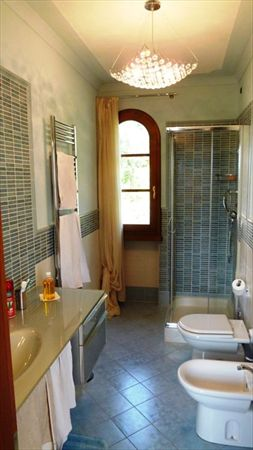 Villa   Dolce  : Bathroom with shower