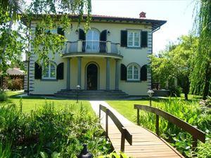 Villa  Allegra Forte  : villa singola affitto Centro Forte dei Marmi