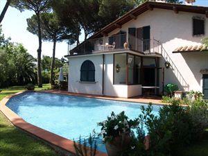 Villa Bocconcino : Detached villaForte dei Marmi