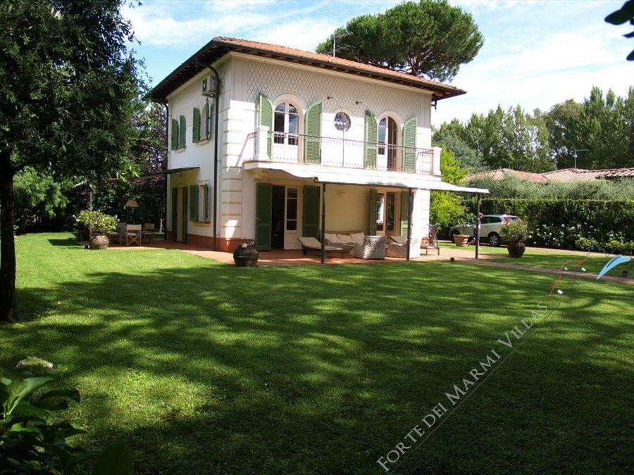 Villa  dei Cigni  Отдельная вилла Аренда Форте дей Марми