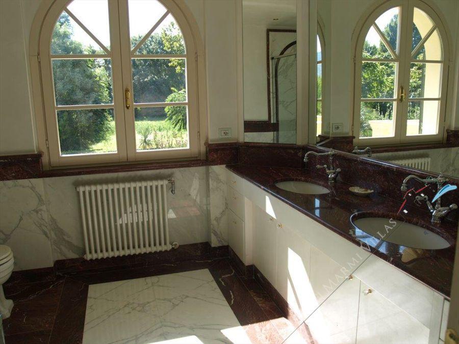 Villa Dominus  : Bagno con vasca