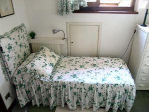 Villa dei Tigli  : спальня с двумя кроватями