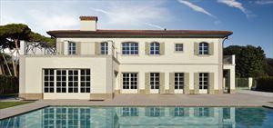 Villa Bernini: Detached villa Forte dei Marmi