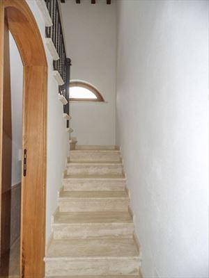 Villa Maestosa : Scale di marmo