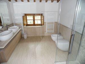 Villa Maestosa : Bagno con doccia
