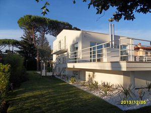 Villa Lucente : Detached villa for sale Forte dei Marmi