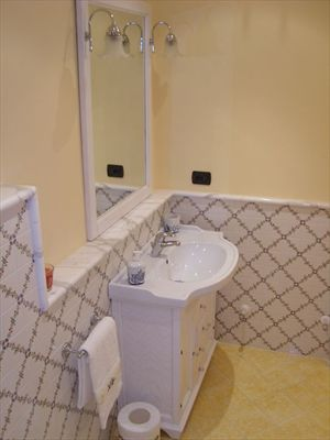 Villa Serenata  : Bathroom with shower