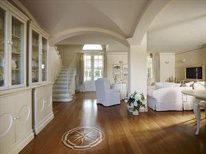 Villa  Costes con dependance  : Sala da pranzo