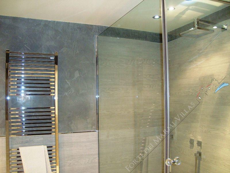 Villa Arianna : Bathroom with shower