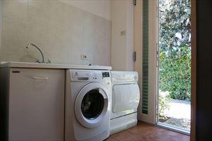 Villa Amelia : laundry