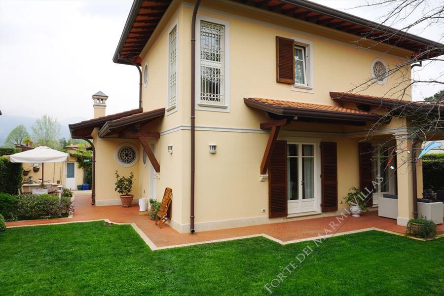Villa Annetta - Detached villa Forte dei Marmi