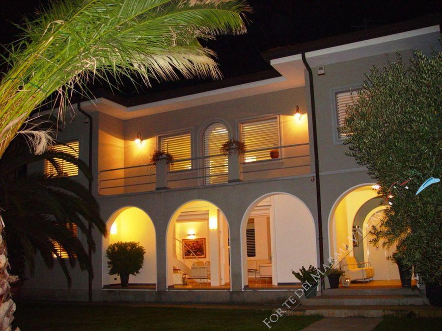 Villa Bella - Villa singola Lido di Camaiore