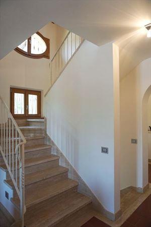 Villa Benigni  : Marble stairs