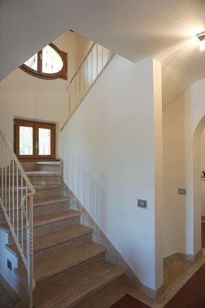 Villa Benigni  : мраморная лестница